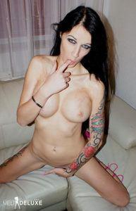 MeliDeluxe Sexcamgirl