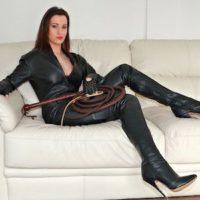 SM freudige Frau aus Saarbrücken sucht Sexsklaven