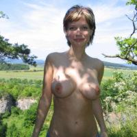 Wer will eine geile MILF in Karlsruhe für Outdoor Sex treffen?