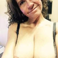 Einsame Hausfrau möchte gerne in Bremen fremdgehen