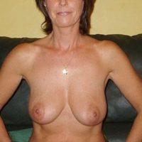 Reife Cougar sucht junge Sexkontakte