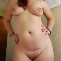 Devote Milf sucht Sextreffen mit dominantem Mann
