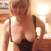 Gelangweilte Witwe sucht Sexdates in Halle (Saale)