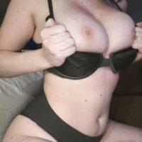 Hausfrau aus Potsdam braucht dringend ein Sextreffen