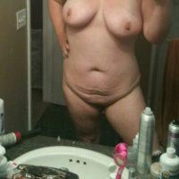 Molliges Luder sucht Sex-Affäre mit Mann