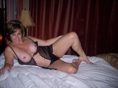 Reife Frau sucht Sexkontakte in Augsburg