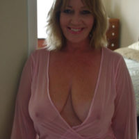 Reife Frau sucht ihn für Sextreffen in Frankfurt