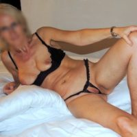 Reifes Luder aus Erfurt sucht einen Mann für Erotiktreffen