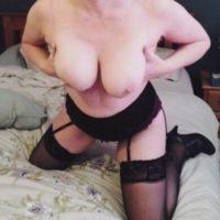 Witwe aus Augsburg sucht ein Sex-Treffen