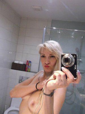 blonde Hausfrau sucht private Sexkontakte