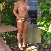 Lust auf Outdoor Sexdate mit heißer Hausfrau aus Homburg?