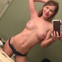 Süßes Girl aus Karlsruhe sucht Sex Date