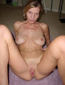 Reife Frau aus Hamburg will sofort Sex!