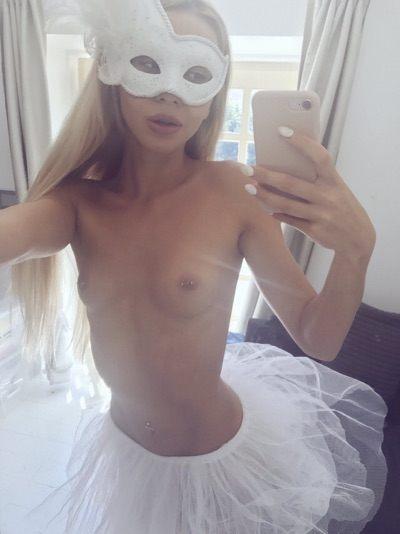 Aufregendes Girl liebt Rollenspiele und sucht ein Sexdate