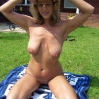 Scharfe Hausfrau sucht Mann für Outdoor Sex in Halberstadt